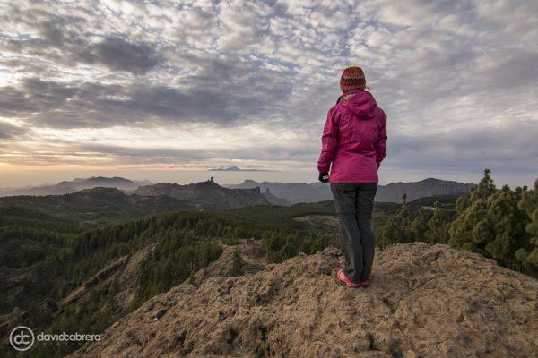 Foto paisaje de Gran Canaria con persona