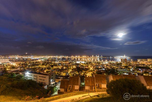 Foto de la Luna desde el Mirador de la Cornisa