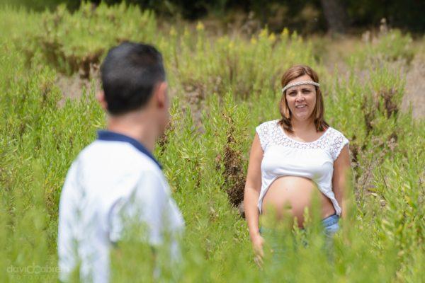 Foto pareja en la Finca de Osorio. Sesión de Embarazo por David Cabrera Guillén