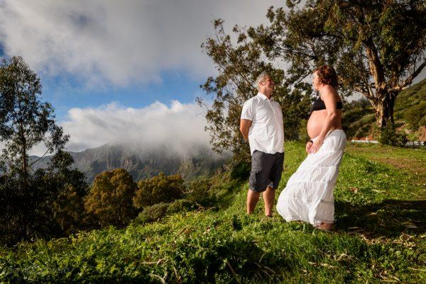 Foto embarazo. Pareja en Tejeda. por David Cabrera Guillén