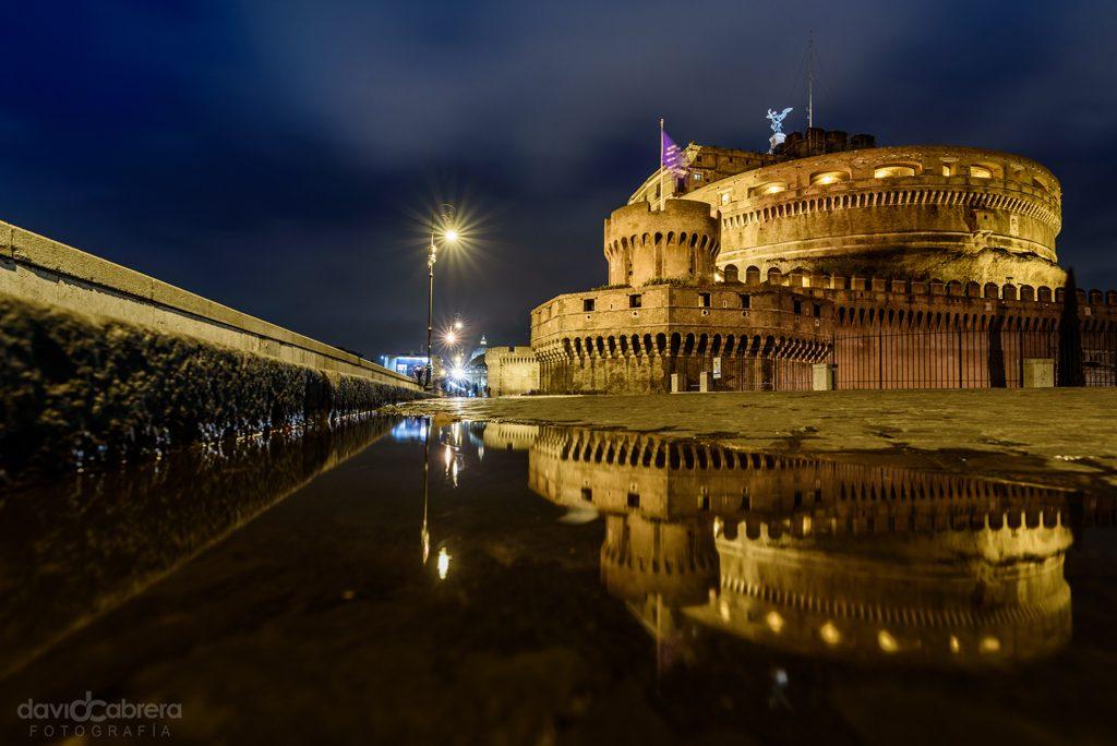 Reflejos del Castillo de San Angelo en Roma
